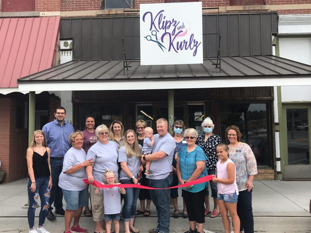 Chamber Celebrates First Ribbon Cutting Since March: Congrats to Klipz and Kurlz!