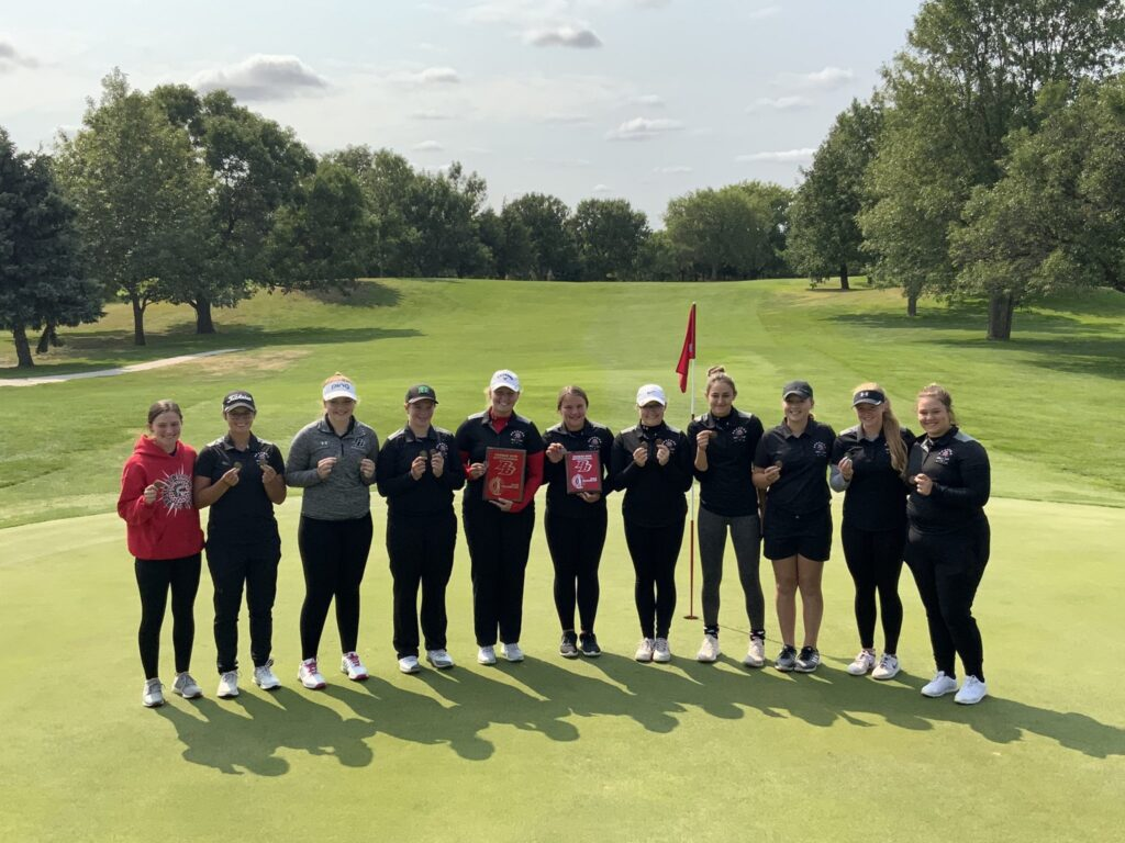 Broken Bow Girls Golf Team has Big Day at Home Invite