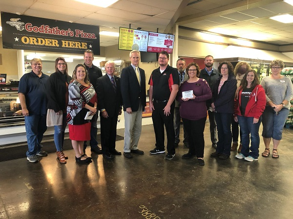 Broken Bow Chamber Of Commerce GROW Award Presented To Gary's Superfoods
