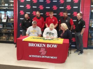 Broken Bow Senior Lathan Duda Signs Letter of Intent to Wrestle for NDSU