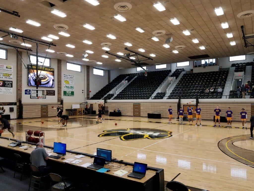 Minnesota State-Mankato Men Hold Off WSC, Janssen Moves Into 1,000-Point Club