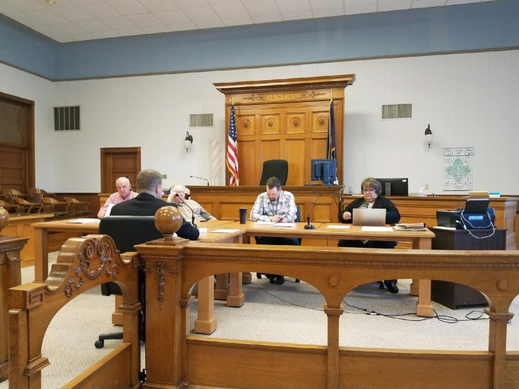 Commissioners Hear Information On Wildlife Protection Plan, Updated On Refinancing Bonds