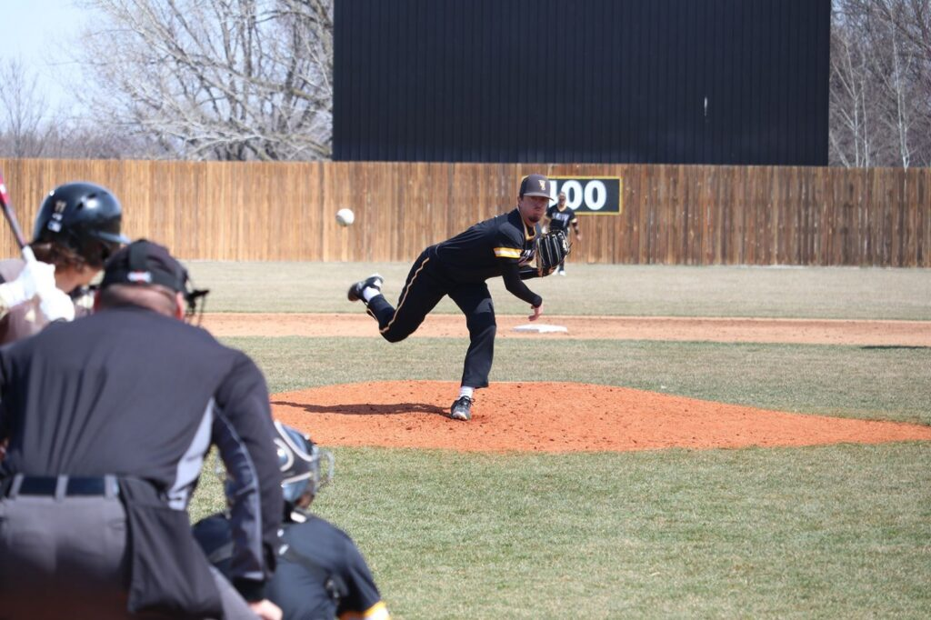 WSC Secured A Conference Series Win Over SMSU, Fell One-Run Short In Non-Conference Outing