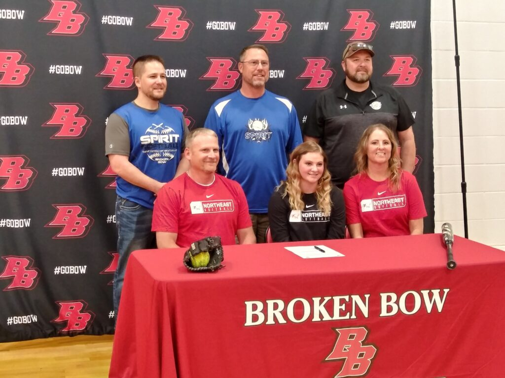 Kaylee Petersen of Broken Bow Signs Letter of Intent to Play Softball for Northeast CC