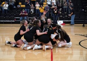 NPCC Volleyball Qualifies for Nationals