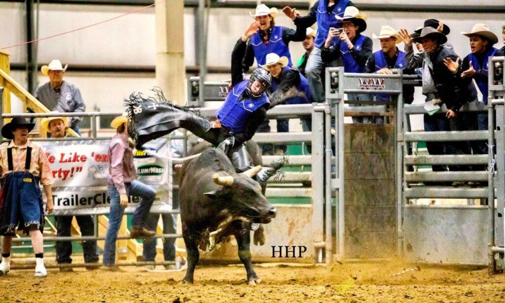 MPCC Rodeo Team Has Big Day at Nebraska Cornhusker College Rodeo