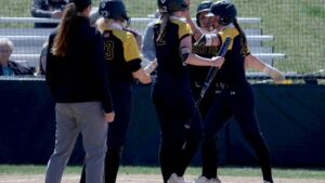 Wildcat Softball Snaps 11-Game Losing Streak In Walk-Off Fashion