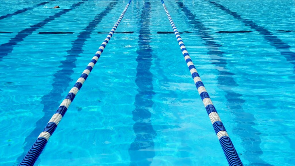 Broken Bow Cosmos Swim Team Competes at Kearney – Callie White Qualifies for Midwestern Championships