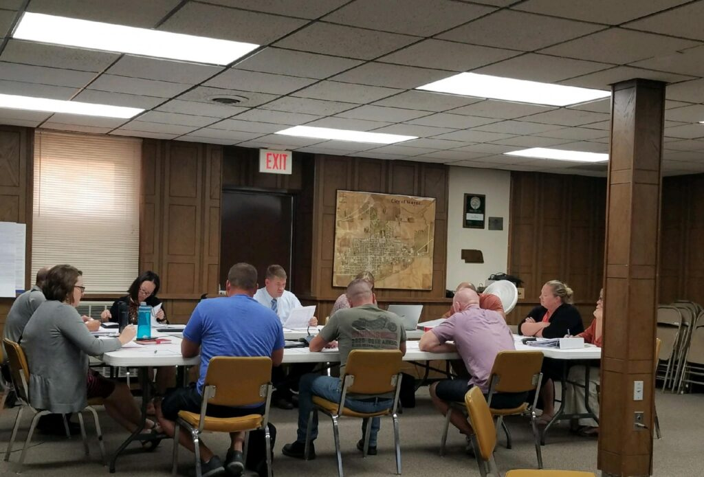 City Council Tables Pond Feasibility Study, Apply For Public Works CDBG Funds For College Hill Park