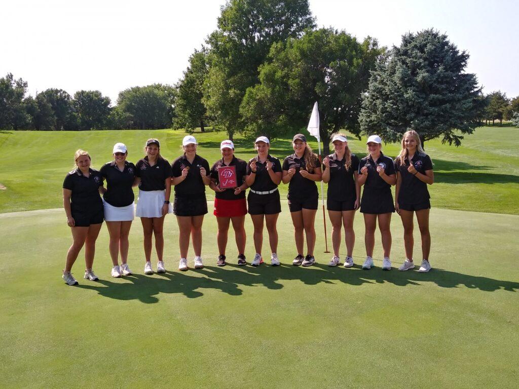 Broken Bow Girls Golf Wins Home Invite