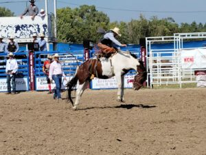 Mid States Finals Rodeo Held in Broken Bow
