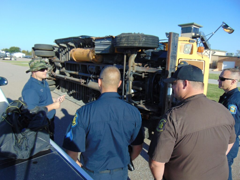 NSP Conducts Post-Crash Inspection Training For Troopers, Officers From Other States