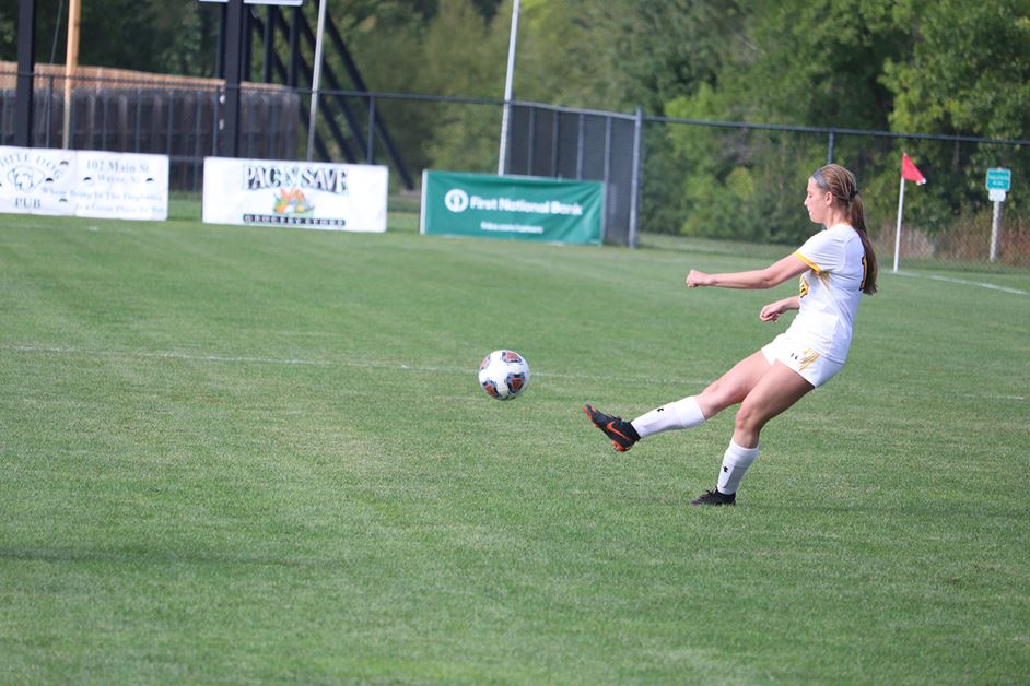 Third Straight Home Match Decided By One Goal; Wildcat Women's Soccer Team Concludes Six-Game Home Stretch Sunday