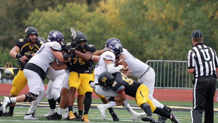WSC Football Ranked For First Time In Decade, Kowalczyk Named NSIC Defensive POW
